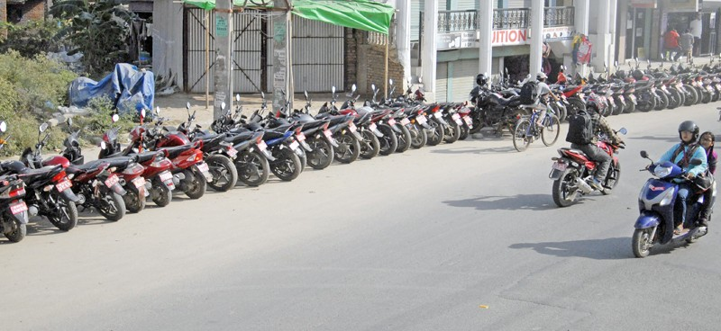 वडाध्यक्षहरुले लिएका मोटरसाइकल धमाधम फिर्ता